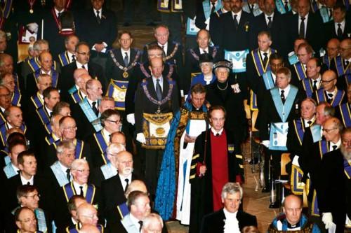 Chegada do Duque de Kent à catedral de Gloucester