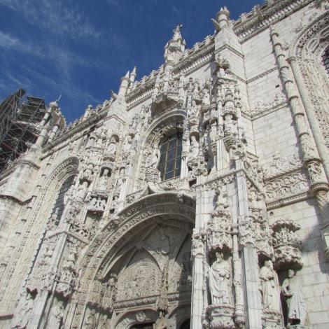 Mosteiro dos Jerônimos onde se encontram os túmulos de Fernando Pessoa, Luiz de Camões, Vasco da Gama e outras figuras importantes