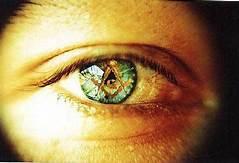 olho com compasso